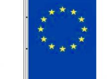 Vlajka Evropské unie - zástava s tunýlkem a karabinkami