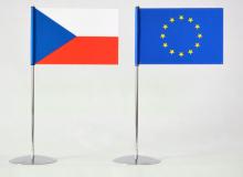 Komplet stolních vlaječek 8